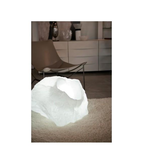Forma de piedra gigante
