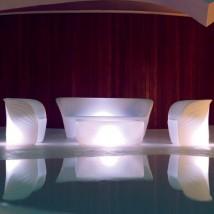 Sofá iluminado by Vondom