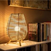 Lámpara de pie, modelo Bossa 30