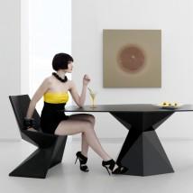 Silla triangular Vertex by Vondom