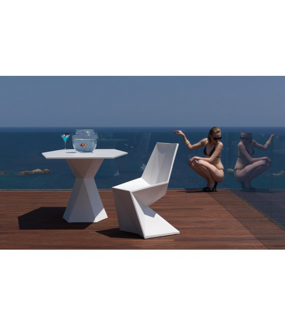 Silla triangular Vertex by Vondom